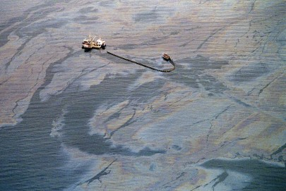 retro-exxon-valdez-usa